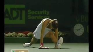 www.celebstretch.ru Tatiana Golovin doing the splits