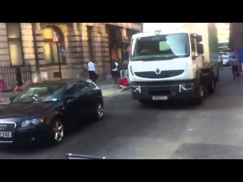 S.F.M security try block off the road in london and failed