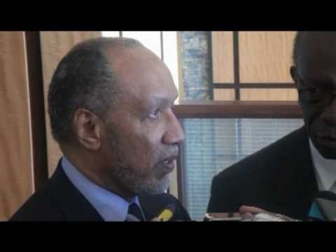 Bin Hammam talks to the Press after meeting with CONCACAF officials