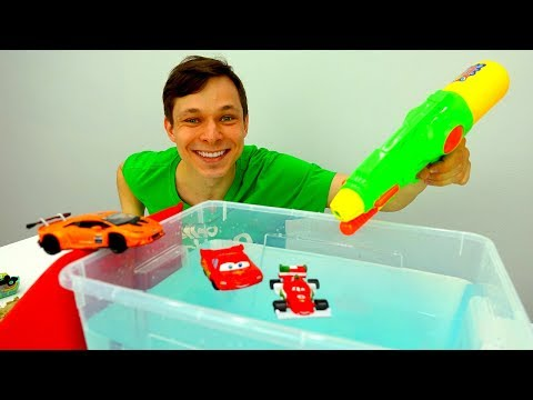 Игры для мальчиков. 🚗 Фёдор и Молния #МАКВИН строят БАССЕЙН🏊! Про машинки из мультфильм #ТАЧКИ
