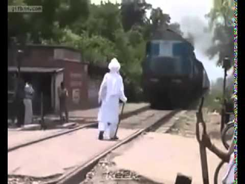 [+18] Old Indian Man Gets Hit By A Train And Gets Killed In India video