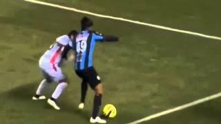 Ronaldinho fantastic nutmeg skill vs Zacatecas 2015