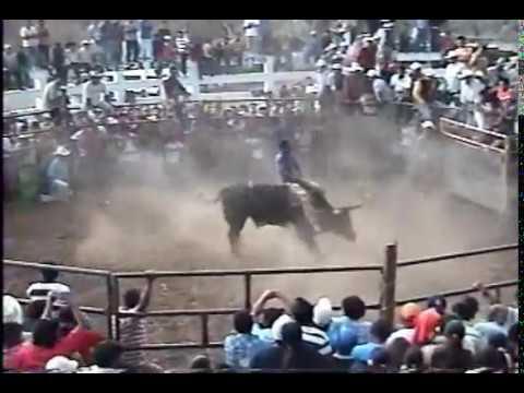 COLOTLIPA, GUERRERO...CARNAVAL 2009....LA FURIA DE ACAPULCO Y RANCHO EL TIGRE..PRODUCCIONES APAEZ...