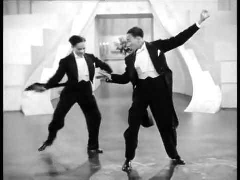 Una de las mejores escenas de baile de todos los tiempos - FaceLOCO.com