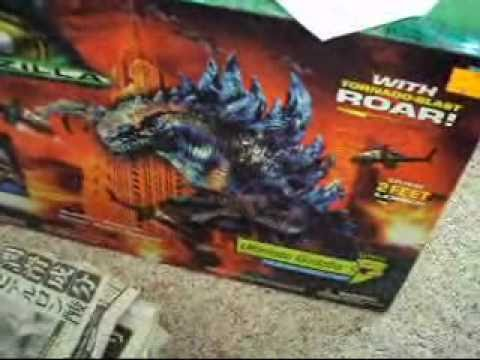 TRENDMASTERS ULTIMATE ZILLA REVIEW - YouTube