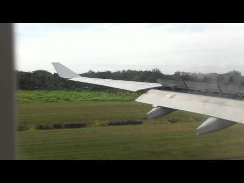 AIRLINE TRAVEL & AIRPORTS: Philippine Airlines A330 Landing in Puerto Princesa