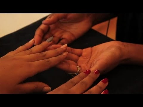 How to Put on Fake Nails Without Nail Glue : Manicures & Nails