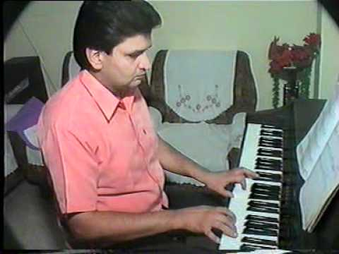 Dheere Dheere Machal On Piano ( Rajeev Kumars Music Academy...
