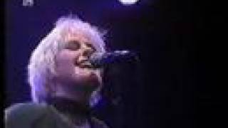 Watch Alison Moyet Dorothy video