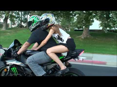 SEXY Girl Model Wants To Try Riding On A SportBike Motorcycle. 2009 Kawasaki Ninja ZX6R. VLOG