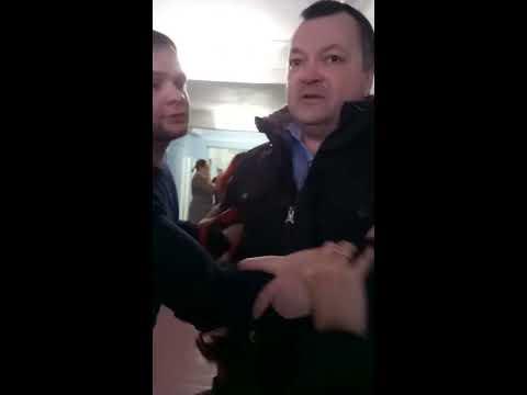 Дело Ичитовкиных. Часть 2.  М.Ичитовкин бросается на учителя после нападения на юриста Антона Долгих