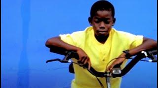 Watch Hootie  The Blowfish Tuckers Town video