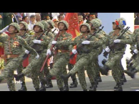 Việt Nam tăng cường quân lực ứng phó với Trung Quốc