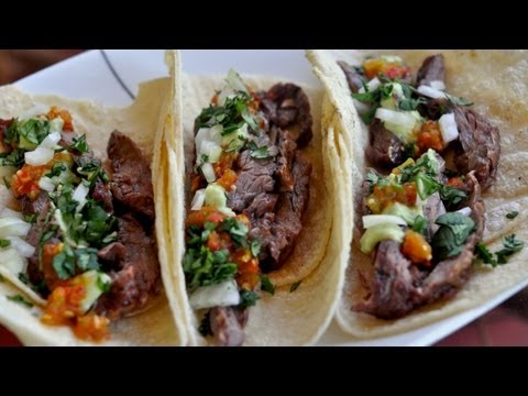 Carne Asada Tacos Recipe / Tacos de Carne Asada