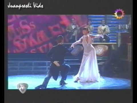 BAILANDO POR UN SUEO 3 - AXE Y VALS