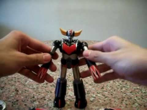 Bandai Soul Of Chogokin Gx-04s Ufo Grendizer And Spazer Review video