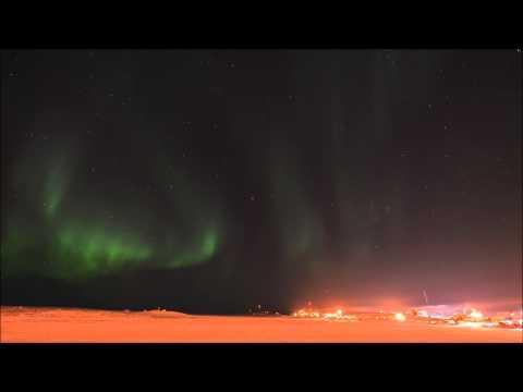 Tuktoyaktuk harbour March 20, 2014 - aurora borealis