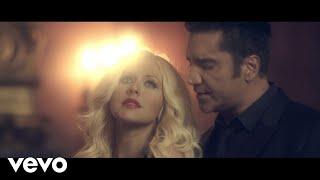 Download Lagu Alejandro Fernández - Hoy Tengo Ganas De Ti ft. Christina Aguilera Gratis STAFABAND