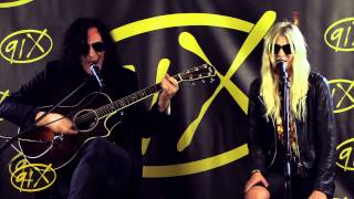 "The Pretty Reckless ""Cold Blooded"" acoustic"