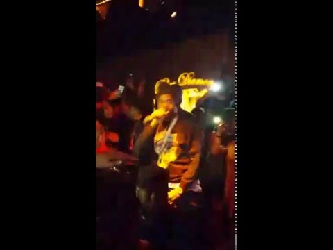 Nas performing live during CIAA