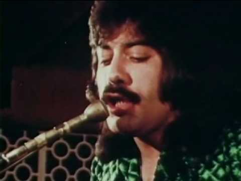 Tony Orlando & Dawn -  Tie A Yellow Ribbon