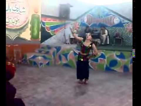 Pashtun Girl Dance In PubliC    private Mujra party video with mast hot saxy dance scandal 2014