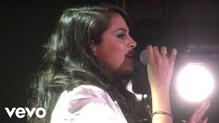 Selena Gomez - Same Old Love (Live On Ellen)
