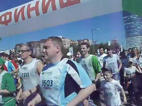 «Зеленый марафон» Сбербанка в Петербурге(3).MOV