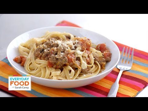 Quick Bolognese Italian Meat Sauce with Fettuccine - Everyday Food with Sarah Carey