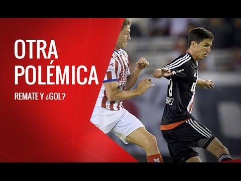 Disparo de Nacho Fernández y ¿gol?