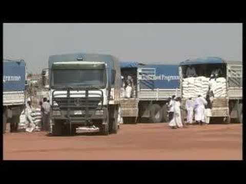 Displaced people protest in Darfur - 27 Oct 07