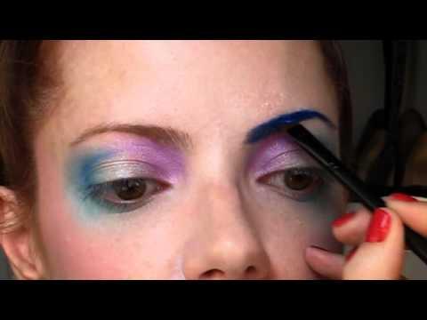 Julia Petit Passo a Passo Colombina maquiagem