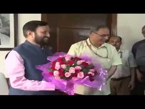 Shri Prakash Javadekar takes charge as the new I&B Minister