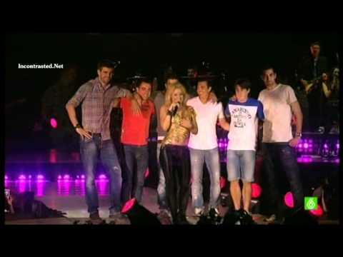 Shakira en concierto con Pique, Xavi... celebracion Barcelona campeon de Champions