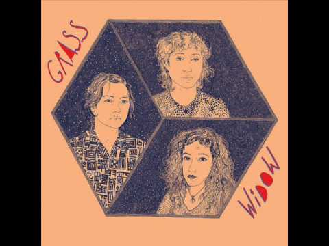 Grass Widow - Lulus Lips