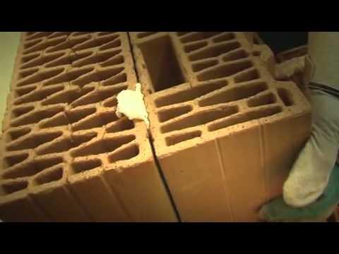 Porotherm DRYFIX  - zaprawa w piance firmy Wienerberger