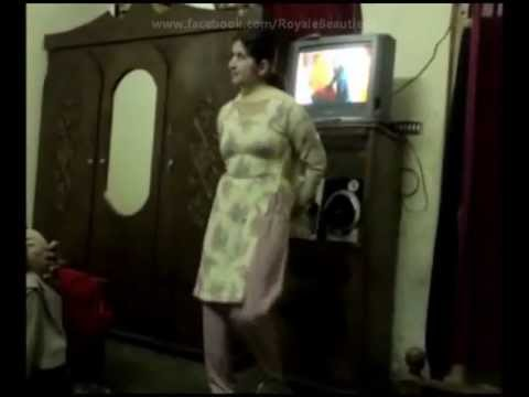 Pakistani Call Girl Sexy Dance With Pashto Song ( NEW VIDEO ) Heera Mandi In Lahore