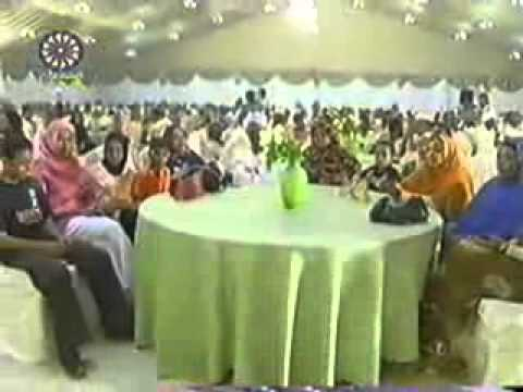 Sudanese Video Walllaahi Axlaa Minal Gamar.flv video
