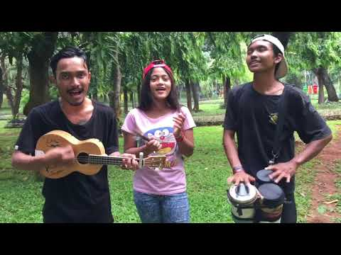 Egois-Lesti cover pengamen trio maut ft manda-tahan ketawa liat pemain ukulele nya guys🤣🤣💃🏻💃🏻
