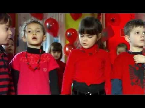 Gëzuar 100 vjetorin e Pavarësisë Kopshti i Femijeve DEA 1 Ulpiana .mp4
