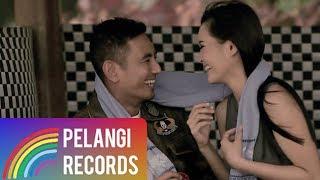Download Lagu Pop - Rio Febrian - Mengerti Perasaanku (Official Music Video) | Soundtrack Siapa Takut Jatuh Cinta Gratis STAFABAND