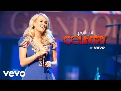 Spotlight Country - Carrie Underwood Kicks Off Summer at CMA Fest (Spotlight Country)