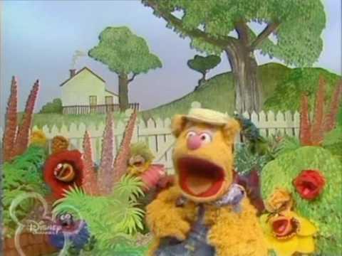 The Muppet Show. Fozzie Bear - Good Day Sunshine / Dancing in the Dark