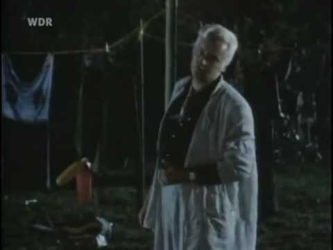 """Schimanski Szenen aus """"Das Haus im Wald"""""""