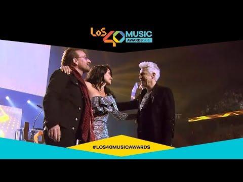 U2 gana el Golden Award (entregado por Penélope Cruz) | LOS40 Music Awards 2017