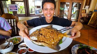 Giant CRISPY POMFRET at 1 MICHELIN STAR - Thai Food Restaurant! | Bangkok, Thailand