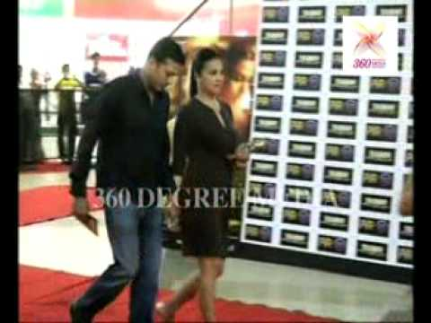 Hot Sexy Lara Dutt With Her Husband Mahesh Bhupathi Poses at...