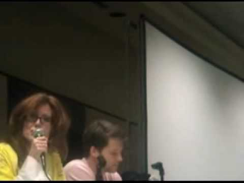 MegaCon - Mary McDonnell and Jamie Bamber (part 1)