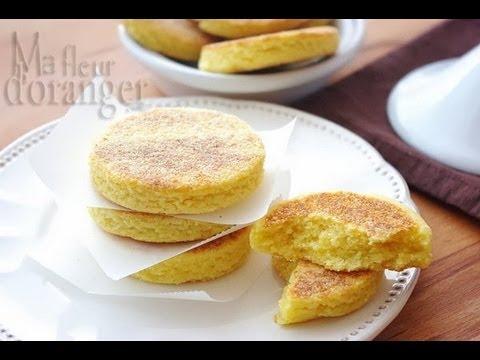 Recette de harcha galette marocaine à la semoule /  Moroccan semolina bread recipe