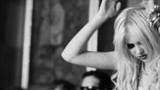 Watch Pretty Reckless Zombie video